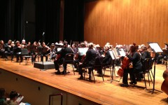 Louisville Orchestra performs in Ogle Center