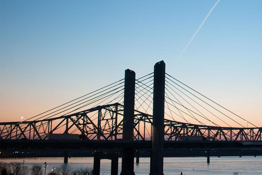 The+Lincoln+and+Kennedy+bridges+will+be+two+bridges+connecting+Southern+Indiana+and+Louisville+that+will+be+tolled+beginning+in+late+2016%2C+according+to+the+2014+IU+Southeast+Bridge+Toll+Survey.%0ADrivers+will+have+various+options+on+how+they+wish+to+pay+the+bridge+tolls.