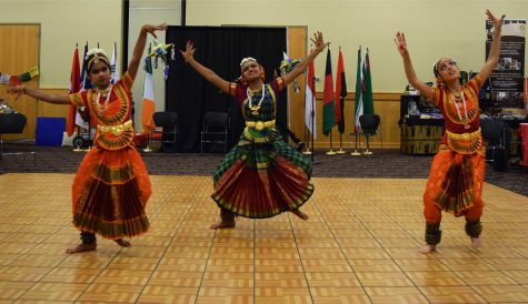 "The Hindu Sacred Dance group's performance included live performances of traditional Hindu dances and a vocal performance of a traditional Hindu song. According to the group, dance is considered an offering to a deity and was performed by temple dancers called ""devadasis"" who dedicated their lives to the sacred art."
