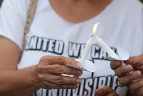 Peace vigil held in New Albany to celebrate unity