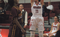 Women's basketball team starts season with record-breaking win