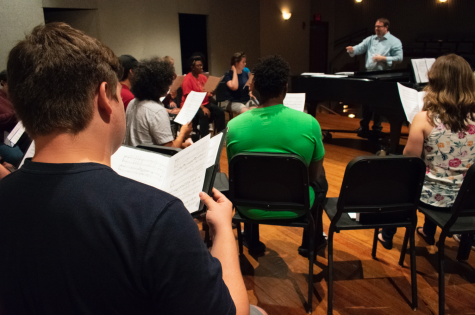 Director Jeramy Nichols leading an IUS Concert Choir rehearsal on Monday, Sept. 17.