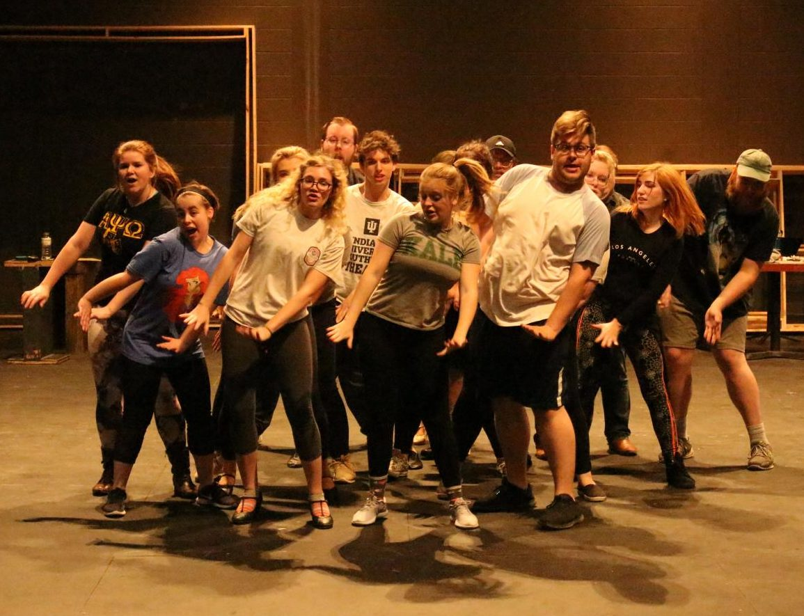 "IUS theatre students rehearse for their upcoming production of ""9 to 5: The Musical."""