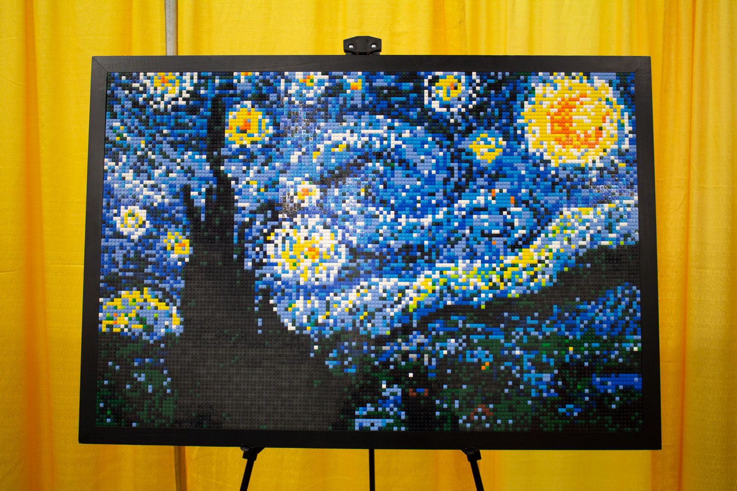 A+reproduction+of+Vincent+van+Gogh%27s+famous+%22The+Starry+Night%22+by+artist+Abbie+Bocan.+This+piece+of+art+is+made+up+of+8%2C515+Lego+bricks+and+took+the+artist+42+hours+to+create.