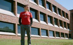 Visiting geosciences professor 'explores' career at IUS