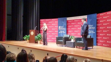 "Host of HGTV show ""Rehab Addict"" visits IU Southeast, shares her story"