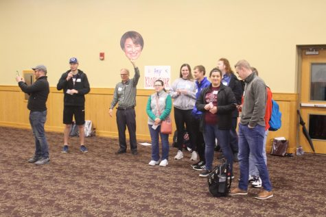 IUS hosts Mock Iowa Caucus, voting drama ensues