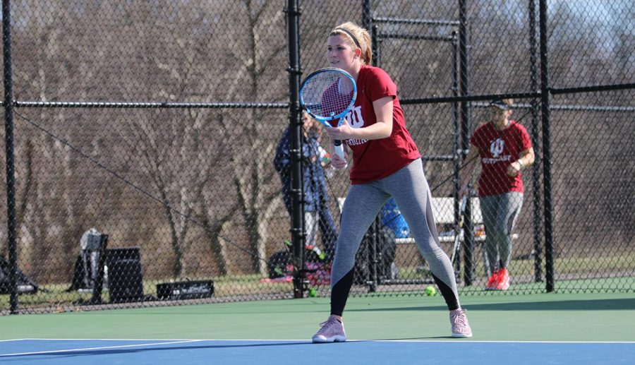 Junior+Lauren+Winchell+prepares+to+receive+a+serve+during+a+double+header+against+Kentucky+Wesleyan+and+Brescia+on+Friday%2C+March+22%2C+2019.+Photo+by+IUS+Athletics%2C+used+with+permission.