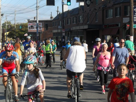 CycLOUvia gives riders, pedestrians the right-of-way