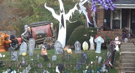 Palmyra family brings haunted house outside
