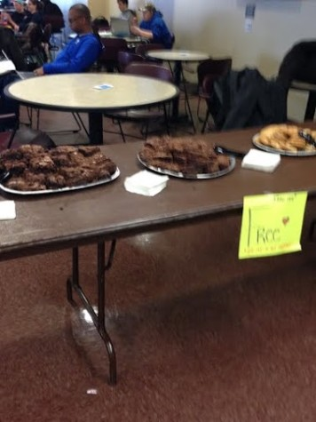 Free brownies and cookies are available for students, faculty and staff during the SGA homecoming event on Wednesday, Feb. 11