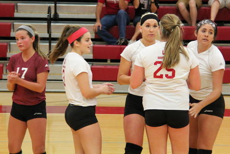 Grenadiers beat Carlow University in straight sets, continue winning streak