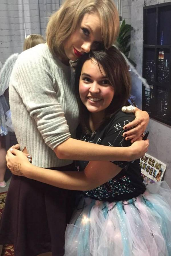 Esarey+with+Swift+backstage.+Esarey+said+she+was+dancing+to+Swift%27s+song+%22Wildest+Dreams%22+when+Swift%27s+mother+approached+her+and+asked+if+she+had+ever+met+Taylor.+Photo+courtesy+of+Rachel+Esarey.