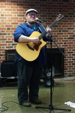 """Cas Haley performs one of his songs, """"Hold Up My Heart,"""" during the Student Program Council's IU South Beach event on Tuesday, Jan. 12 in The Commons."""
