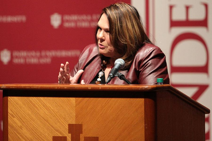 Candy Crowley speaks to the crowd about the 2016 presidential election and the candidates.