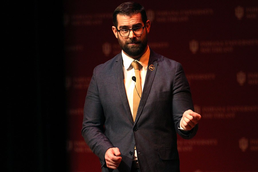 Brian+Sims+was+the+keynote+speaker+in+the+Common+Experience+event+%E2%80%9CDecision+Making+and+Diversity%3A+Getting+Things+Done+and+Bringing+People+With+You.%22