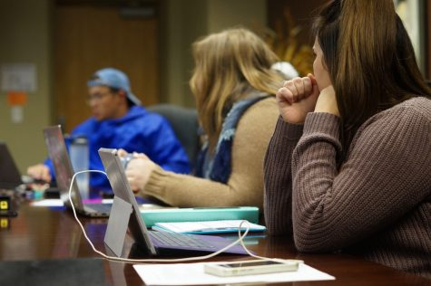 LYM Crew Captain Ashley Lenrick, business sophomore, addresses her crew members on semester goals.