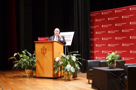 Inaugural First Savings Bank Speaker Series brings Ben Stein to IU Southeast