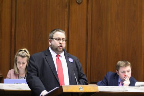 Adam Maksl testifies before the Indiana House of Representatives in support of House Bill 1130 on Feb. 15, 2017. Photo by Ruth Witmer, newsroom adviser at Indiana University.