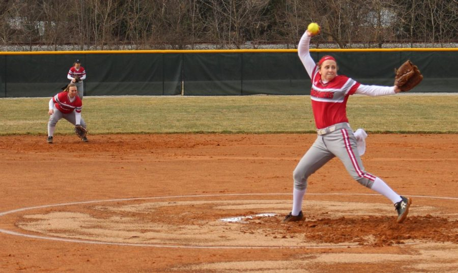 Senior+Emily+Weiss+fires+a+pitch+for+a+strike+in+game+1+of+the+Grenadiers%27+first+home+doubleheader.+Photo+by+Brandon+Miniard.%0A