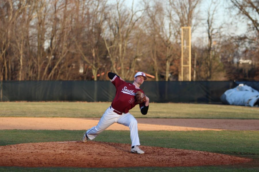 Peyton+Bledsoe+fires+a+pitch+during+his+relief+appearance+in+game+2+of+the+Grenadiers%27+first+doubleheader+against+William+Penn+University.%0APhoto+by+Brandon+Miniard.