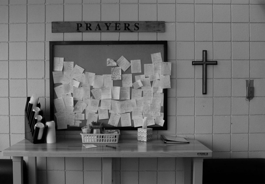 %0A8th+Street+Pizza+exists+to+build+relationships+with+the+community+and+the+pizza+is+just+secondary+to+that.+This+wall+of+prayers+is+part+of+the+restaurant+that+shows+the+priority+of+helping+people.+Photo+by+Callie+Manias.