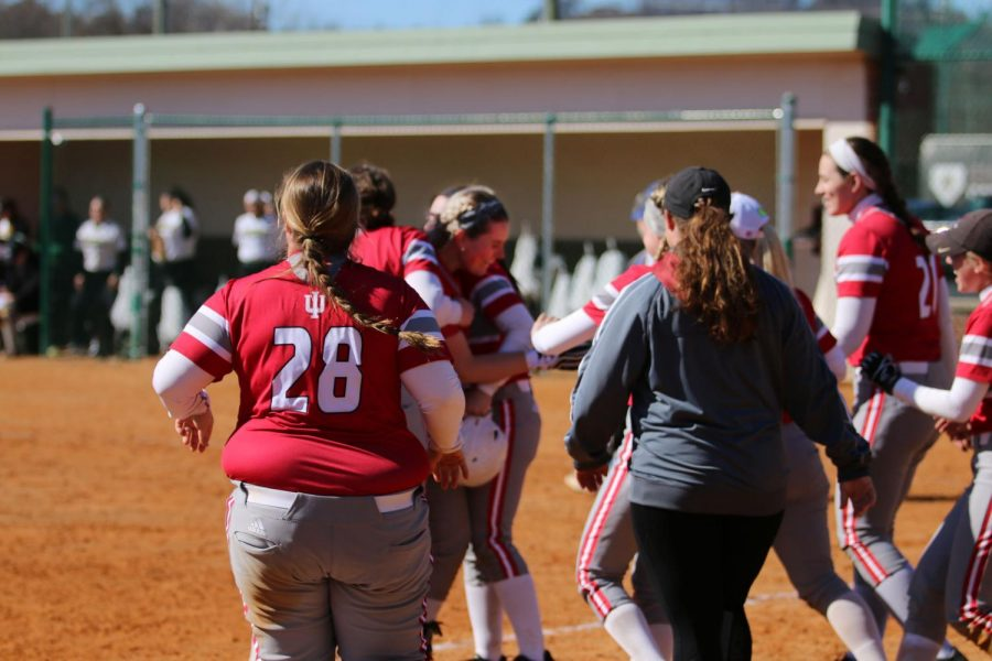 Sydney+Seger+gets+mobbed+by+teammates+after+delivering+a+walkoff+RBI+single+in+the+ninth+inning+of+game+two+of+a+doubleheader+versus+Point+Park+University.